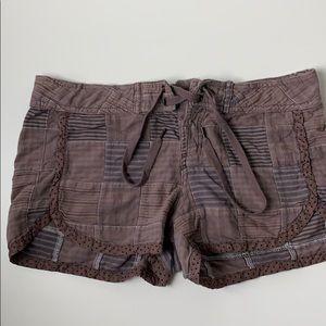We The Free Shorts Sz 4 Plaid Polka Dot Trim Brown